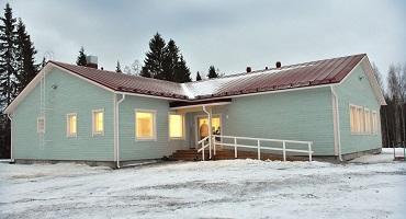 Luupuveden koulu, Kiuruvesi. Tilaelementtirakennus 10 vuoden vuokrasopimuksella